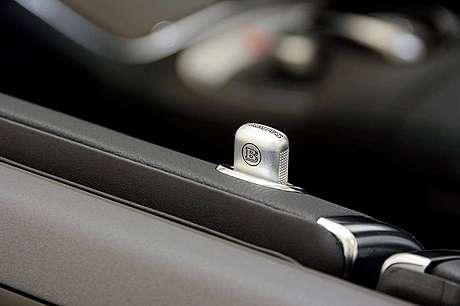 Дверные кнопки Brabus для Mercedes-Benz