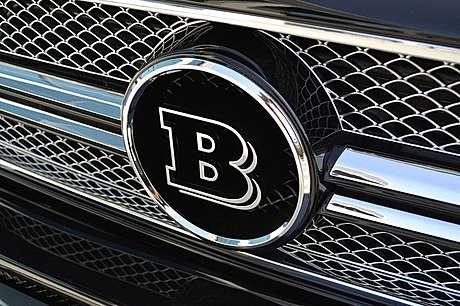 Логотип в решетку радиатора Brabus для Mercedes-Benz